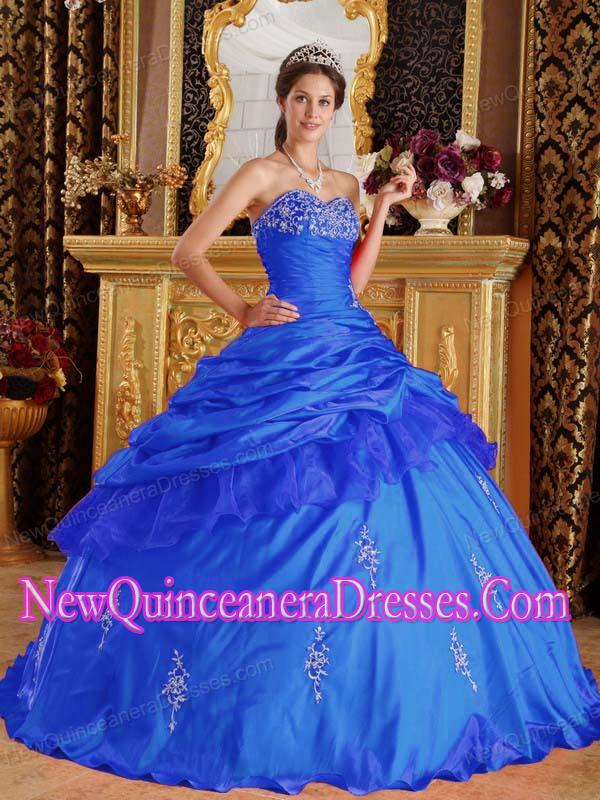 Sweetheart Ball Gown Floor-length Taffeta Beading 2014 Quinceanera Dress in Blue