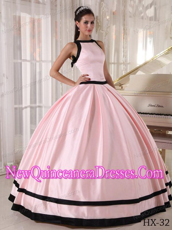 Elegant Pink and Black Ball Gown Satin Quinceanera Dress with Bateau