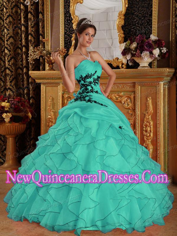 Puffy Sweetheart Floor-length Organza Appliques Quinceanera Dress in Turquoise