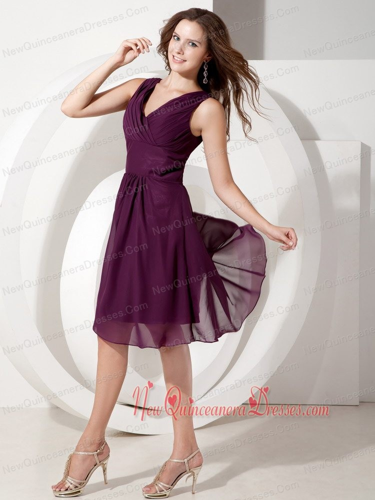 Dark Purple A-line V-neck Knee-length Chiffon Beading Dama Dresses for Quinceanera