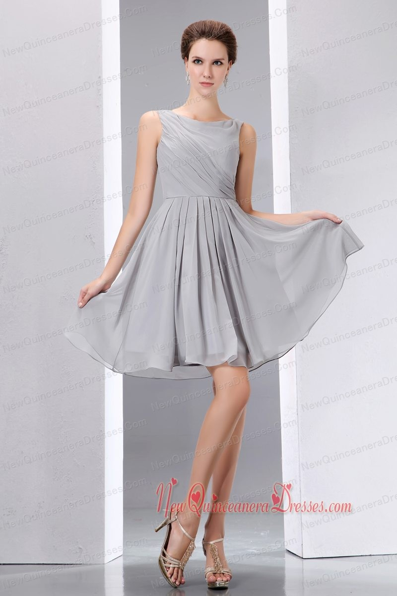 Grey A-line Scoop Knee-length Chiffon Ruch Dama Dresses for Quinceanera