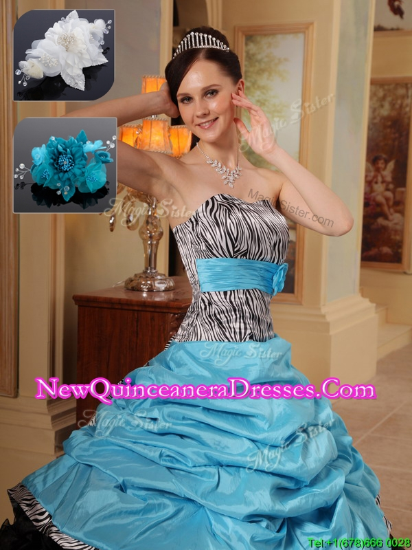 2016 Fashionable Ruffles and Pick Ups Quinceanera Gowns in Zebra