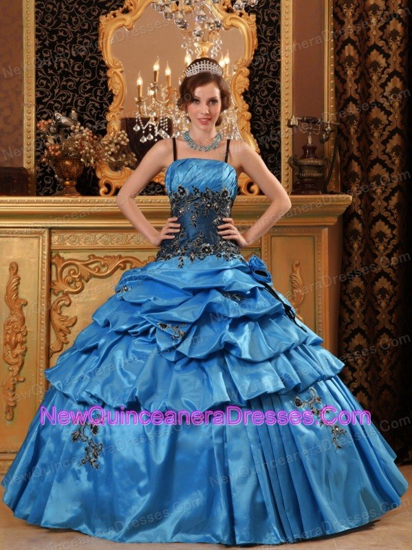 Lovely Blue Quinceanera Dress Straps Taffeta Appliques Ball Gown