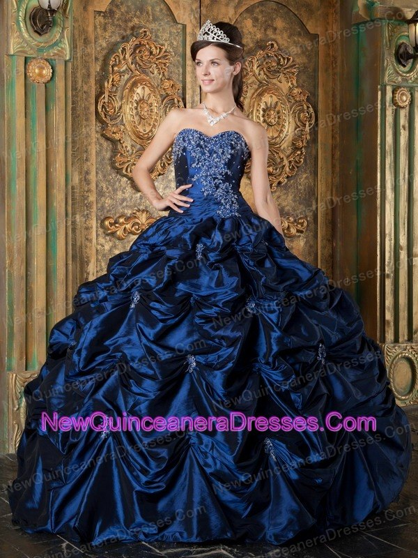 Navy Blue Sweetheart Picks-up Taffeta Ball Gown - $209.16