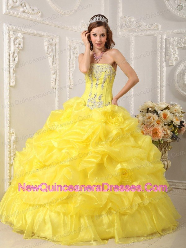 Cute Yellow Quinceanera Dress Strapless Organza Beading Ball Gown