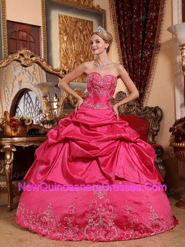 Impression Hot Pink Quinceanera Dress Sweetheart Taffeta Embroidery with Beading Ball Gown