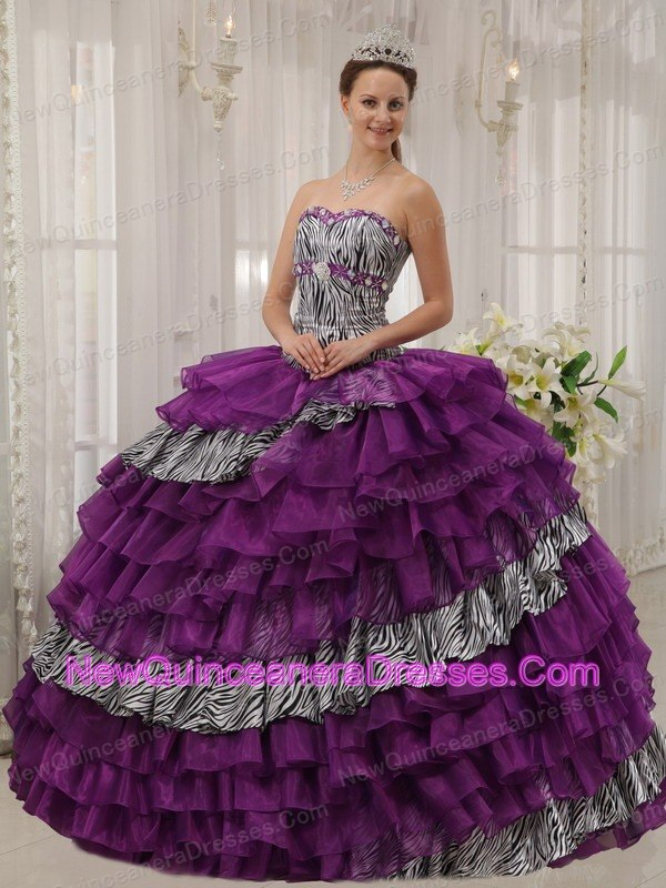2d4d6a2e44 Sweet 15 16 Gold And White Floor Length Quinceanera Dress