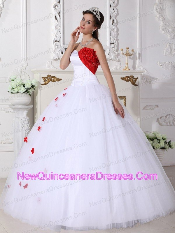 White and Red Flowers Sweet 15 Ball Gown Sweetheart - $197.36