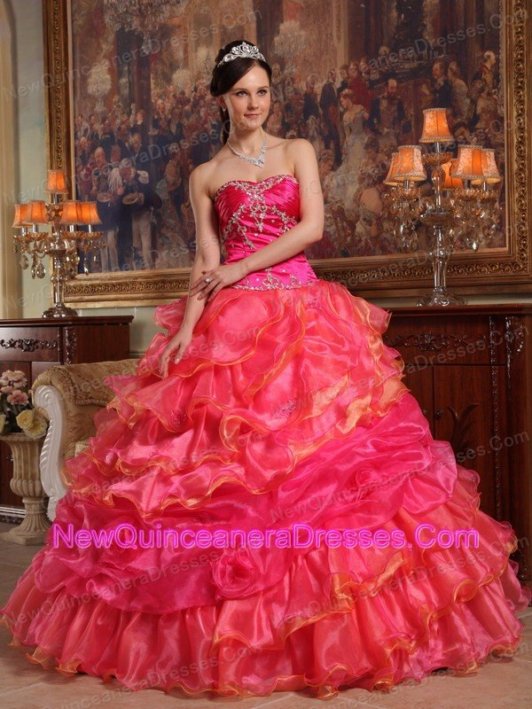 ball gowns Santa Maria