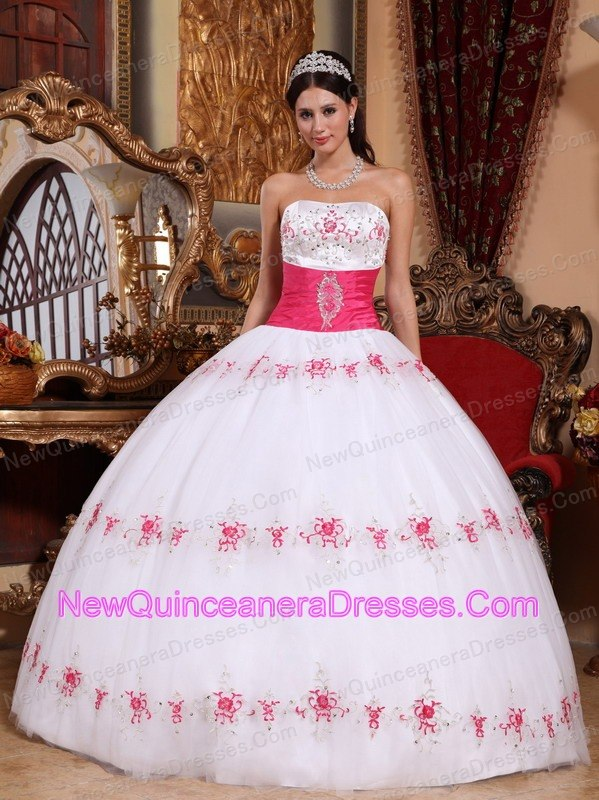 Pretty Quinceanera Dresses Cheap Sweet 15 Dresses 2019