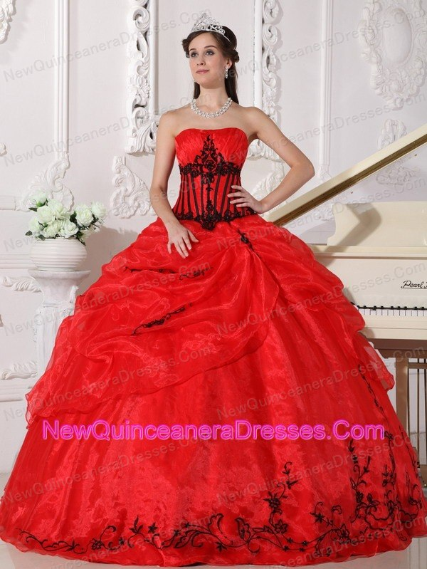 Fall Red Strapless Black Appliques Quinceanera Dress Designer ...