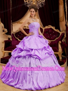 2014 Beautiful Ball Gown Strapless Taffeta Appliques Lavender Quinceanera Dress