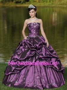 2014 Custom Size Strapless Quinceanera Dresses Beaded Decorate with Purple