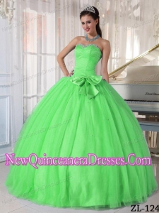Ball Gown Sweetheart Floor-length Tulle Quinceanera Dresses in Spring Green with Beading and Bowknot