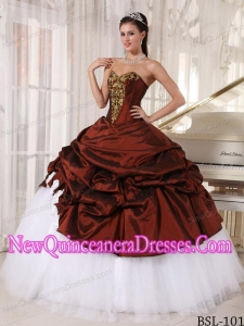 Sweetheart and white Floor-length Appliques Classical Quinceanera Dress in Burgundy