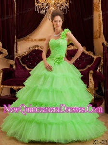 A-line One Shoulder Floor-length Ruffles Elegant Quinceanera Dress in Green