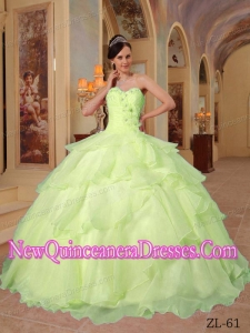 Ball Gown Sweetheart Elegant Beading Quinceanera Dress in Yellow