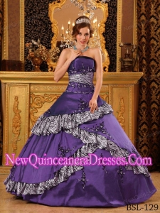 Cheap Quinceanera Gowns In Purple With Strapless Floor-length Taffeta Embroidery