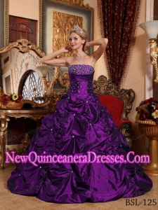 A-line Strapless Taffeta Beading Luxurious Quinceanera Dresses in Eggplant Purple