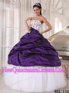Plus Size Beautiful Ball Gown Strapless White and Purple with Embroidery Quinceanera Dresses