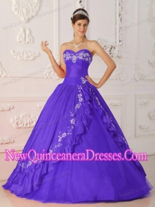 Plus Size Purple A-Line / Princess Sweetheart Floor-length Embroidery and Beading Quinceanera Dresses