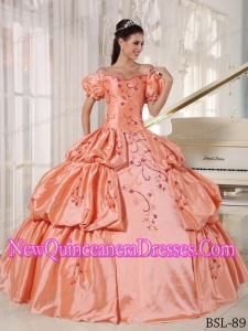 Popular Ball Gown Off The Shoulder Floor-length Taffeta Quinceanera Gowns with Embroidery