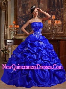 Ball Gown Strapless Floor-length Appliques Taffeta Puffy Sweet 16 Gowns in Royal Blue