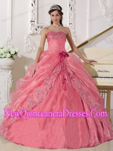 Ball Gown Strapless Organza Puffy Sweet 16 Gowns with Embroidery and Beading