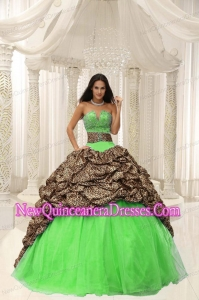 Leopard and Organza Beading Decorate Sweetheart Neckline Puffy Sweet 16 Gowns