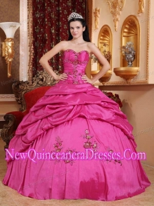 Cheap Ball Gown Floor-length Sweetheart Appliques Taffeta Quinceanera Dress