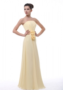 Hand Made Flowers Decorate Bodice Light Yellow Chiffon Floor-length Strapless Dama Dress For 2013