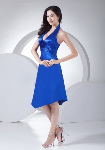 Column / Sheath Ruched Knee-length Royal Blue Halter Dama Dress
