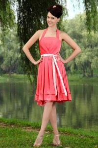 Coral Red Empire Halter Knee-length Taffeta Sashes Dama Dresses for Quinceanera
