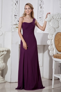 Dark Purple Column One Shoulder Brush Train Chiffon Dama Dresses for Quinceanera