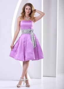 Lavender A-line Knee-length Dama Dresses for Quinceanera With Sequins Decorated Sash
