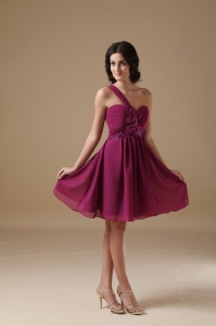 Purple A-line One Shoulder Mini-length Chiffon Beading Dama Dresses for Quinceanera