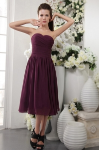 Purple Empire Sweetheart Tea-length Chiffon Pleat Dama dresses