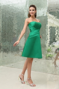 Ruched Strapless Knee-length A-Line Taffeta Dama Dress Green