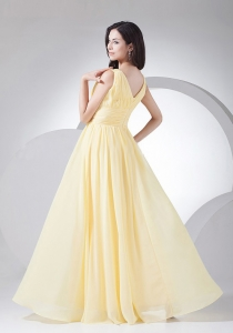 Ruching Decorate Bodice Light Yellow Chiffon V-neck 2013 Dama Dress Floor-length