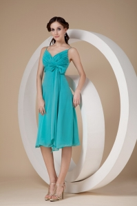 Turquoise Column/Sheath Spaghetti Straps Knee-length Chiffon Bow Dama Dress