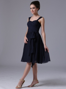 A-Line Navy Blue Straps Chiffon Knee-length Dama dresses Ruched