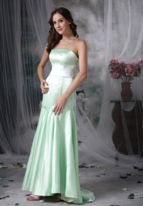 Apple Green Mermaid Strapless Brush TrainTaffeta Sash Quinceanera Dama Dresses