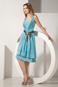 Aqua Blue A-line Halter Knee-length Taffeta Ruch and Bow Dama Dresses for Quinceanera
