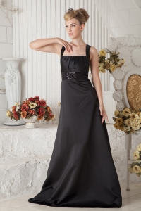 Black A-line Straps Brush Train Satin Beading Dama Dresses for Quinceanera