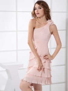 One Shoulder Pleat and Hand Made Flower Decorate Bodice Knee-length Light Pink Chiffon 2013 Dama Dress