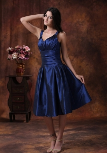 Royal Blue Dama Dresses for Quinceanera Clearances With V-neck Tea-length