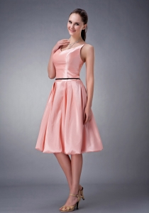 Watermelon A-line / Princess V-neck Knee-length Taffeta Sash Dama Dress