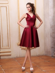 Wine Red Dama Dress V-neck Knee-length Satin