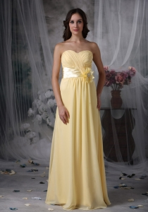 Yellow Empire Sweetheart Floor-length Chiffon Hand Made Flower Dama dresses
