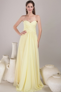 Yellow Empire Sweetheart Neck Floor-length Chiffon Pleats Quinceanera Dama Dresses